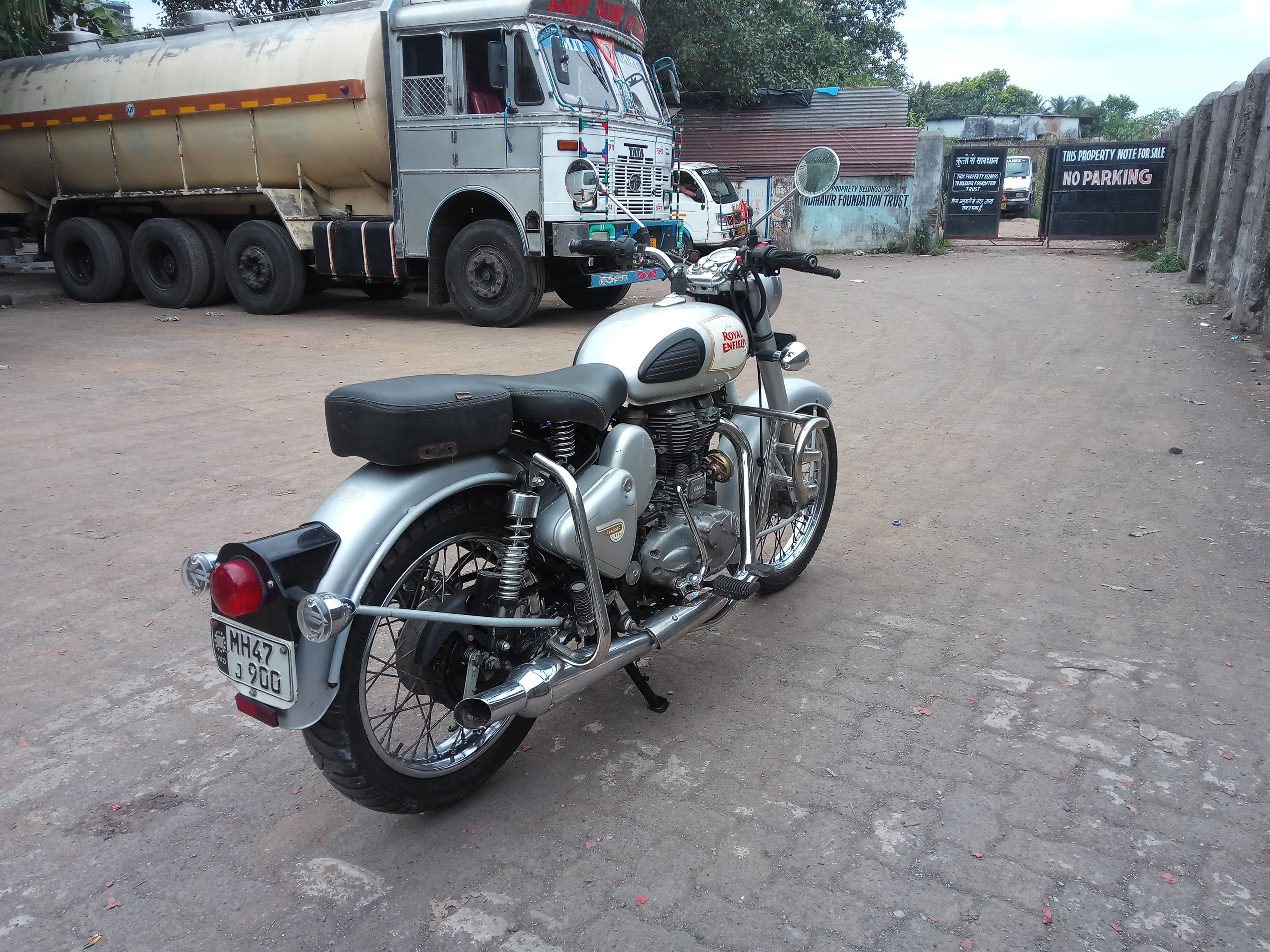 2015 Used Royal Enfield Classic 350 STANDARD
