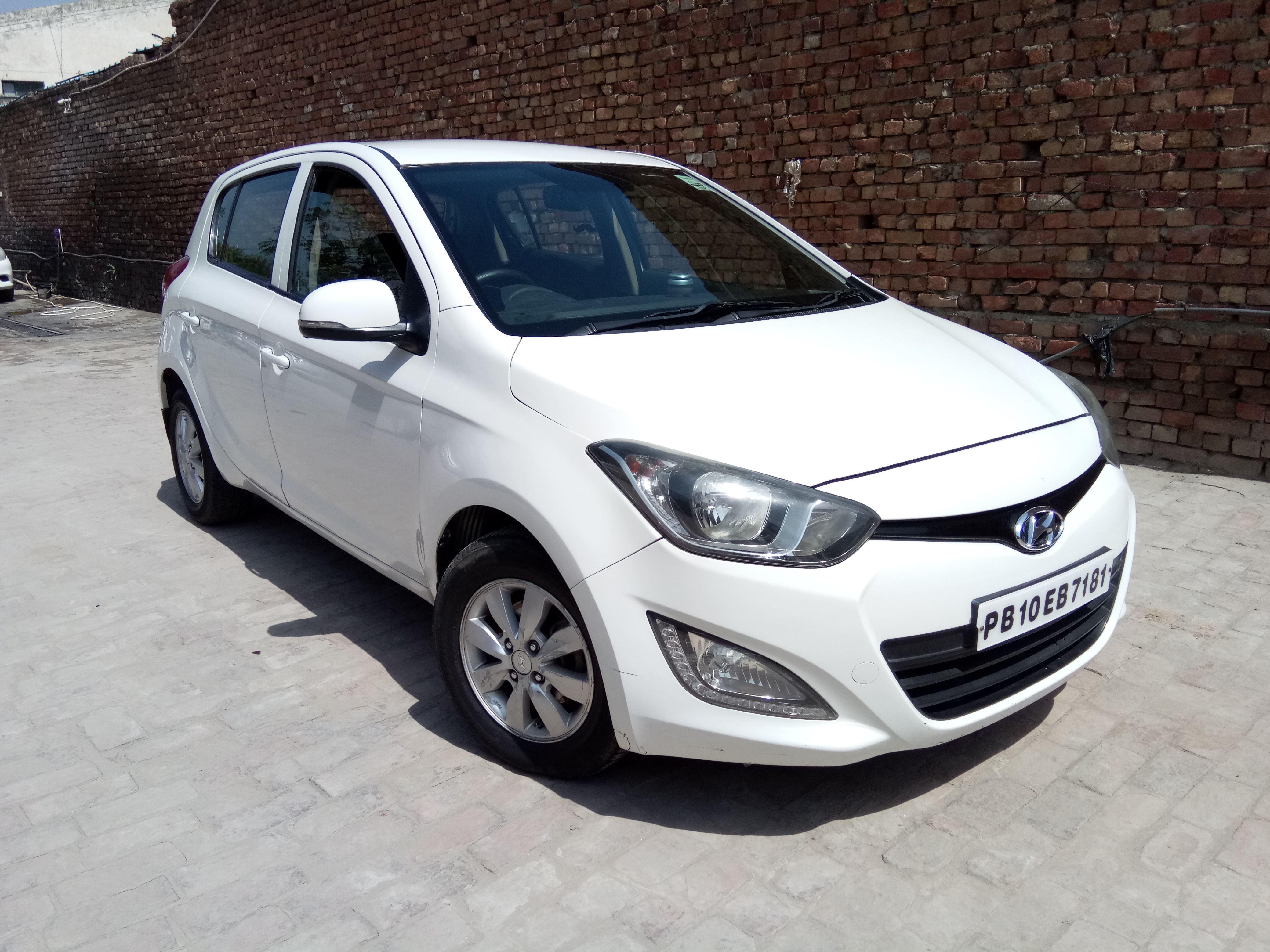 Used Cars - Second Hand Cars in Ludhiana - Mahindra First Choice Wheels