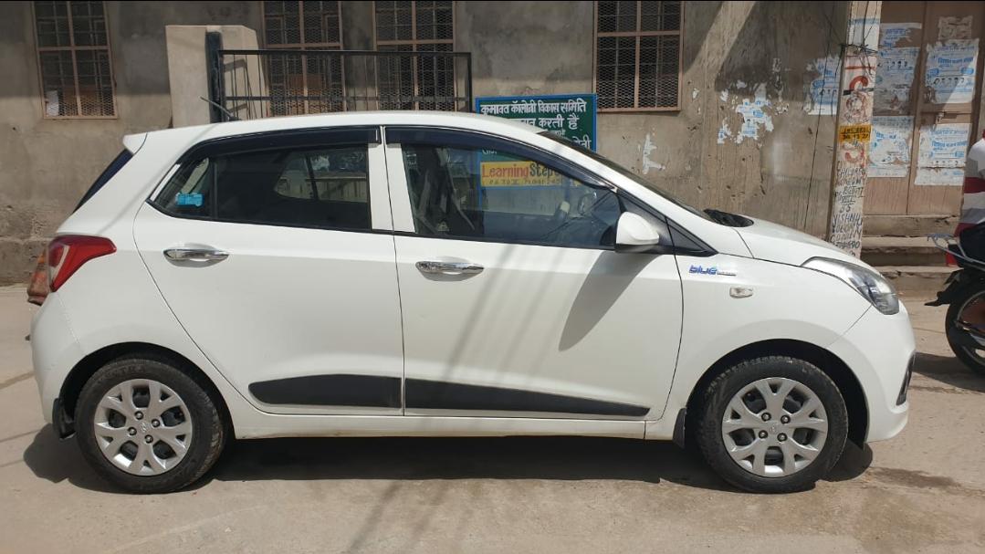 Hyundai Grand I10 Magna Cng Mahindra First Choice