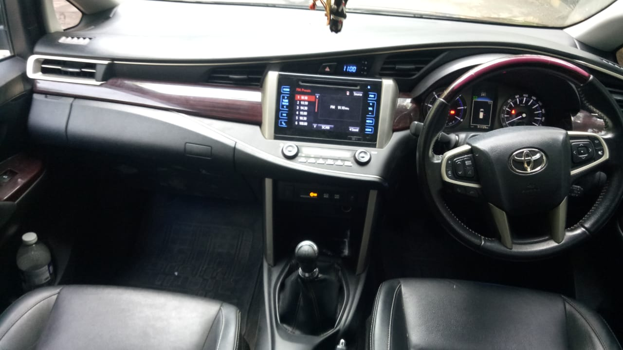 2016 Used Toyota Innova Crysta 2.4 ZX 7 STR