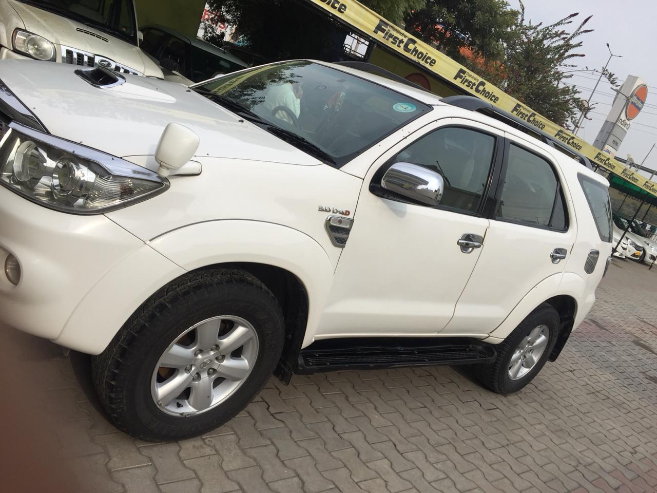 2010 Used Toyota Fortuner 2.8 4WD MT