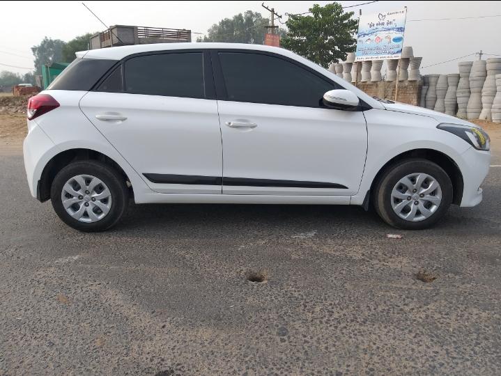 2015 Used Hyundai I20 SPORTZ 1.4 CRDI