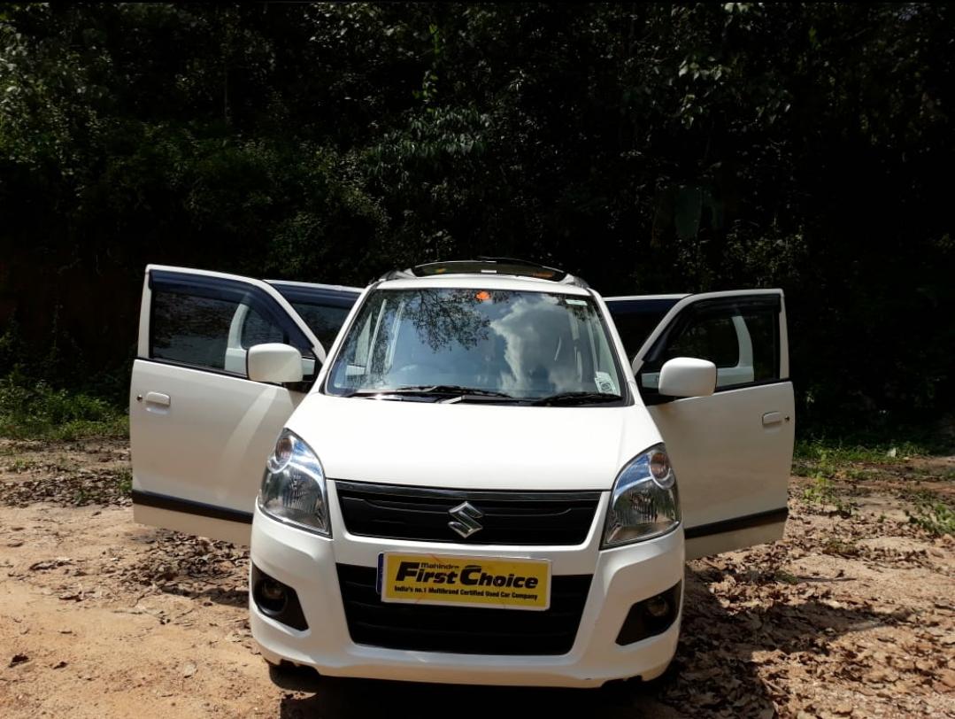 2017 Used Maruti Suzuki Wagon R 1.0 VXI + AMT