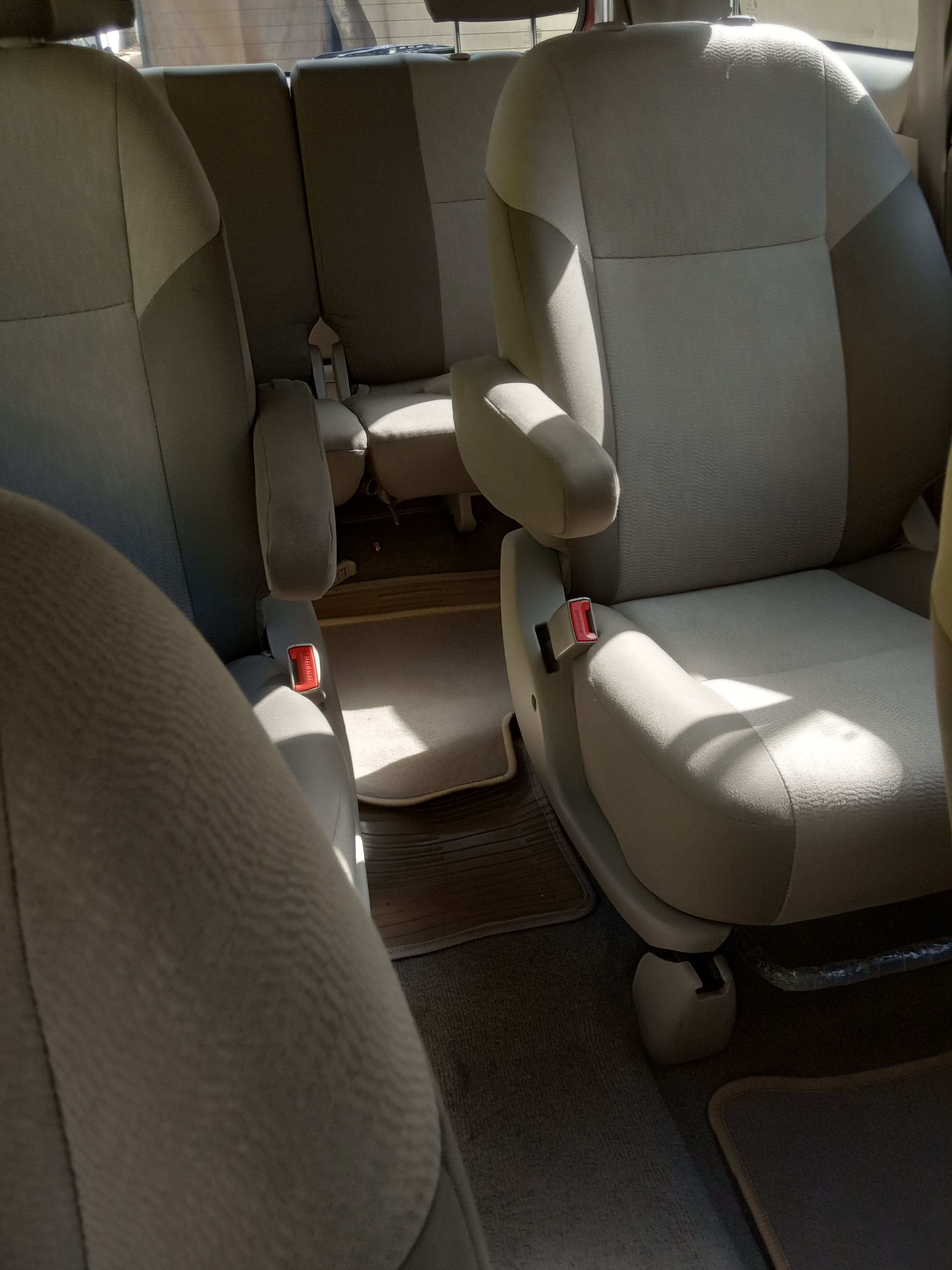 2013 Used Toyota Innova 2.5 VX 8 STR BS III