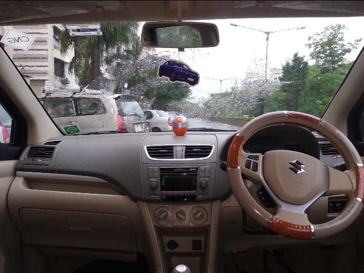 Maruti Suzuki Ertiga Vxi Cng - Mahindra First Choice