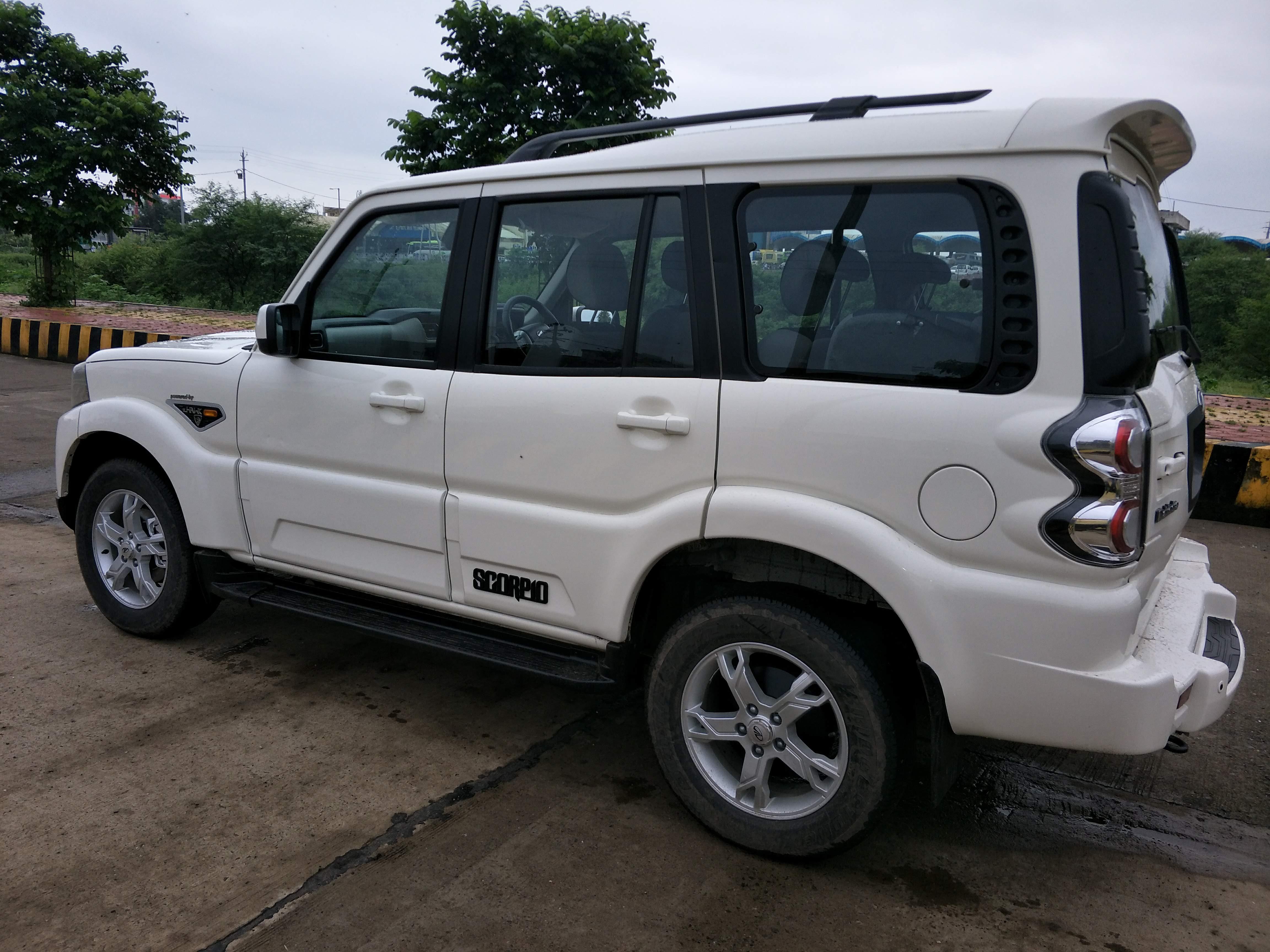 2015 Used Mahindra Scorpio S10