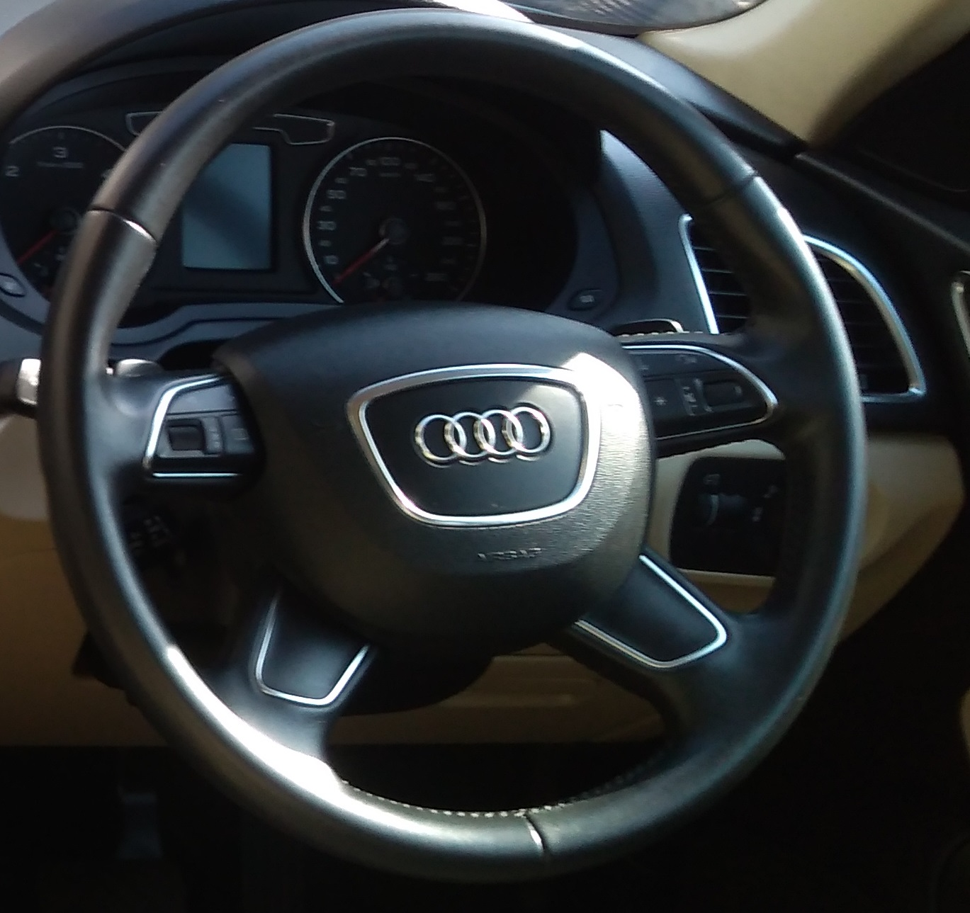 Audi Q3 2.0 Tdi Technology