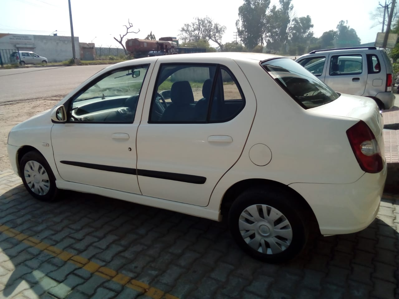 2011 Used Tata Indigo Ecs LS CR4 BS IV