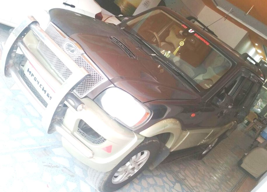 2014 Used Mahindra Scorpio VLX 2WD AIRBAG BS III