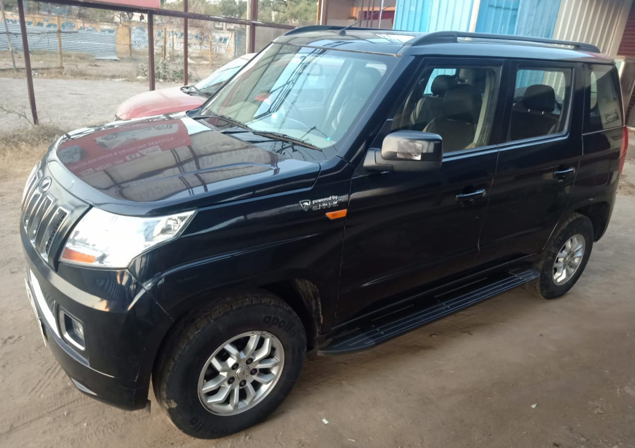 Mahindra Tuv 300 T8 Mahindra First Choice