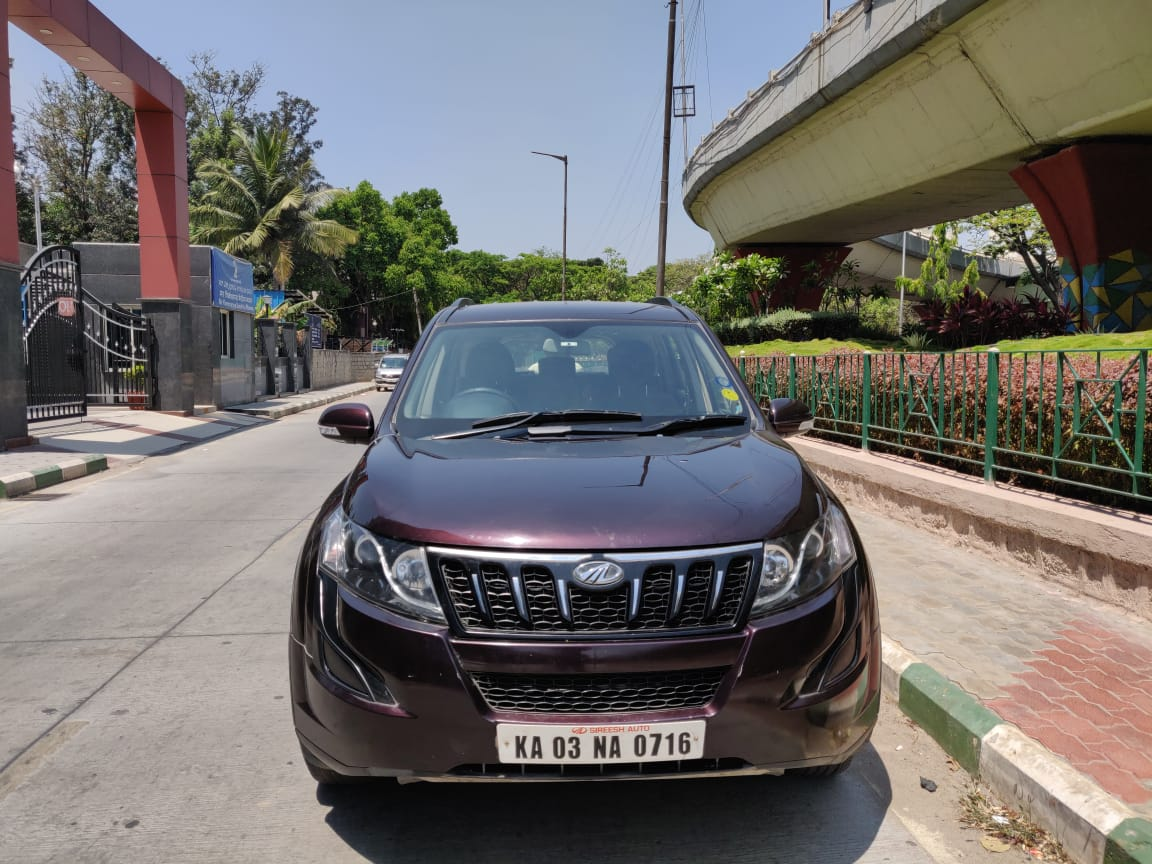 2017 Used MAHINDRA XUV500(2017_2018) W6 AT