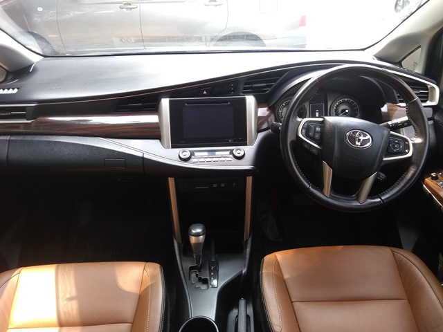 2017 Used Toyota Innova Crysta 2.8 ZX AT 7 STR