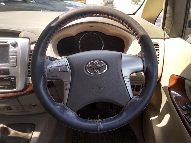 2012 Used Toyota Innova 2.5 VX 7 STR BS IV