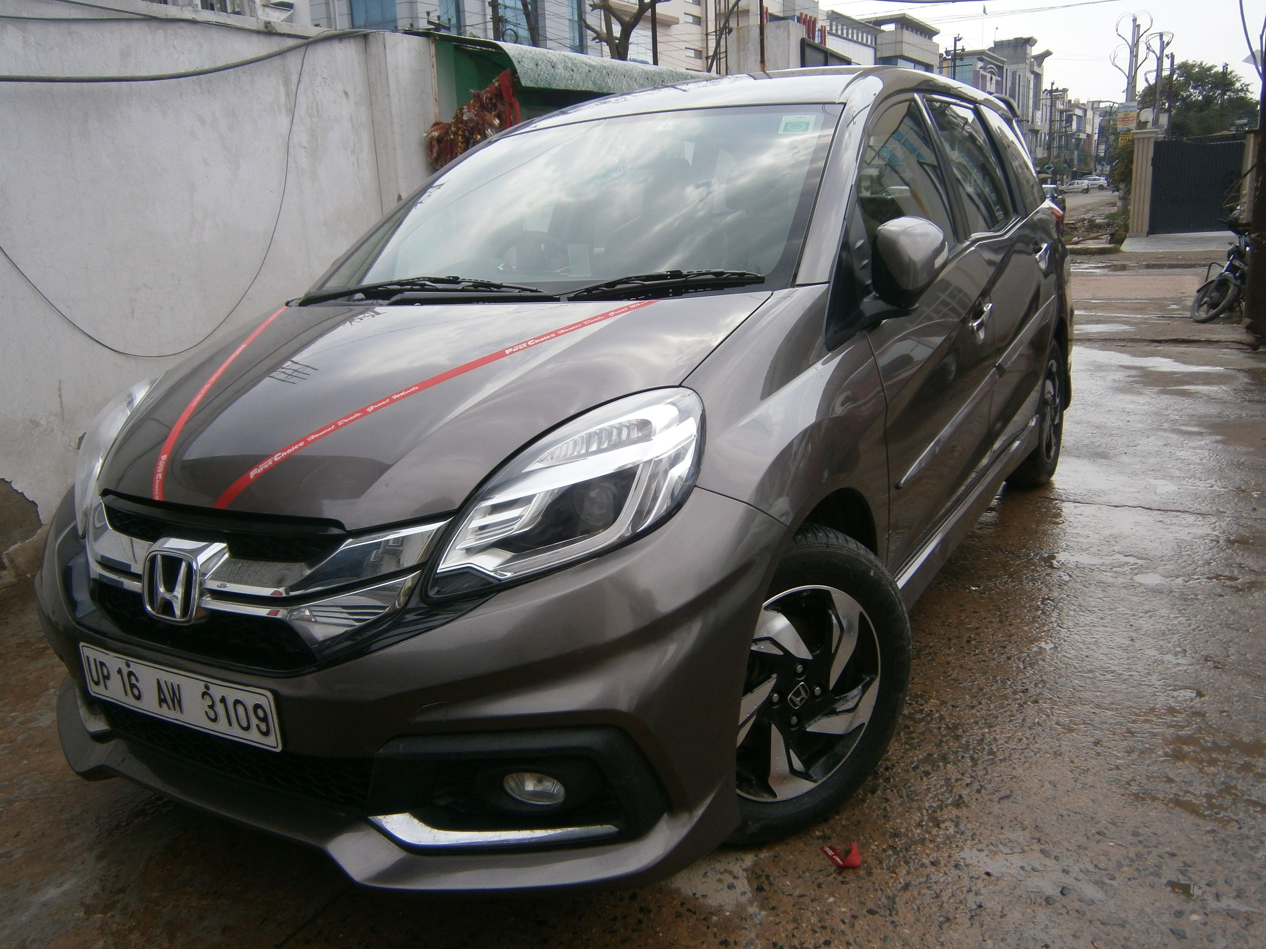 Honda Mobilio Rs O Diesel Mahindra First Choice