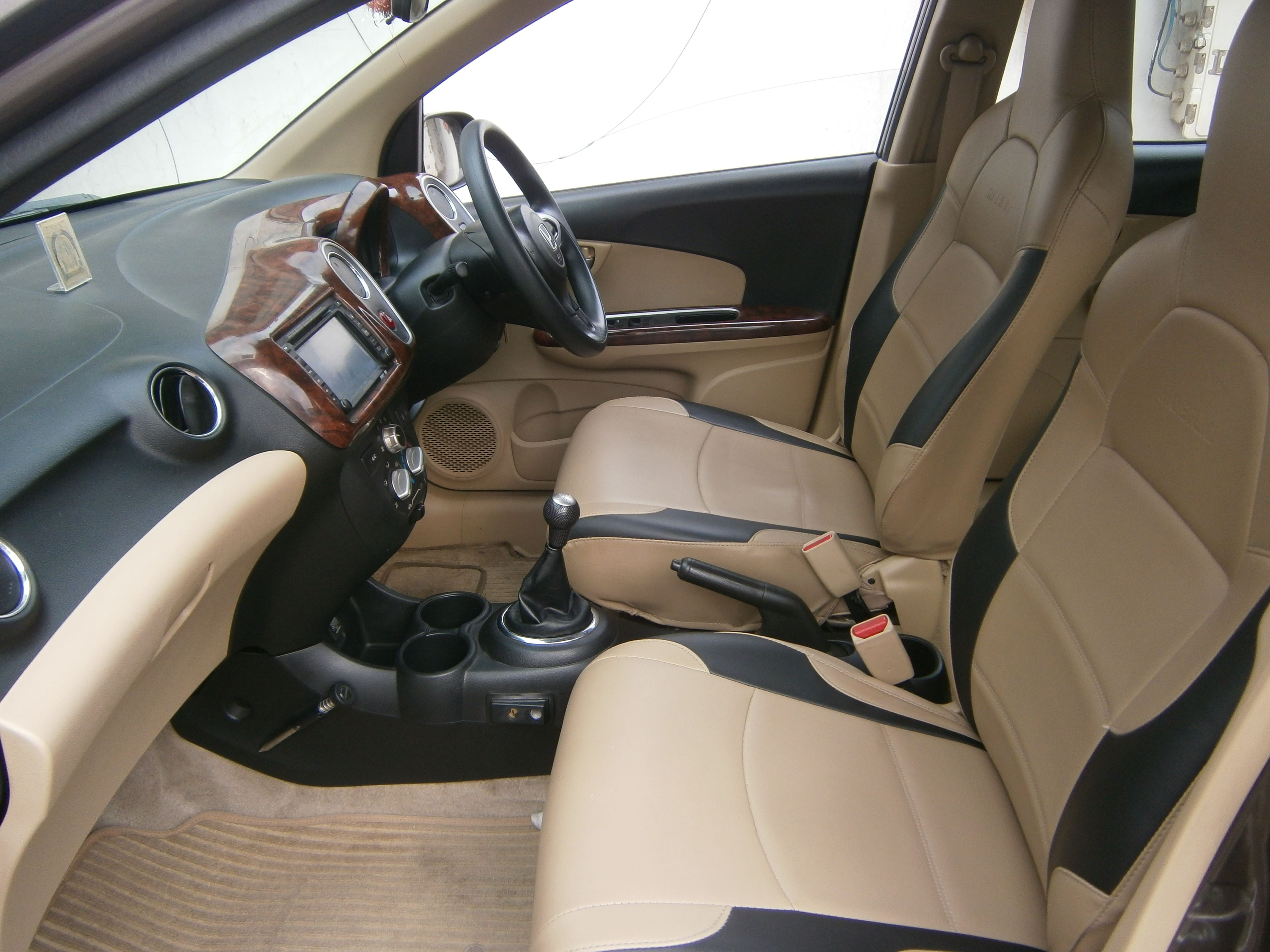 Honda Mobilio Rs O Diesel Mahindra First Choice