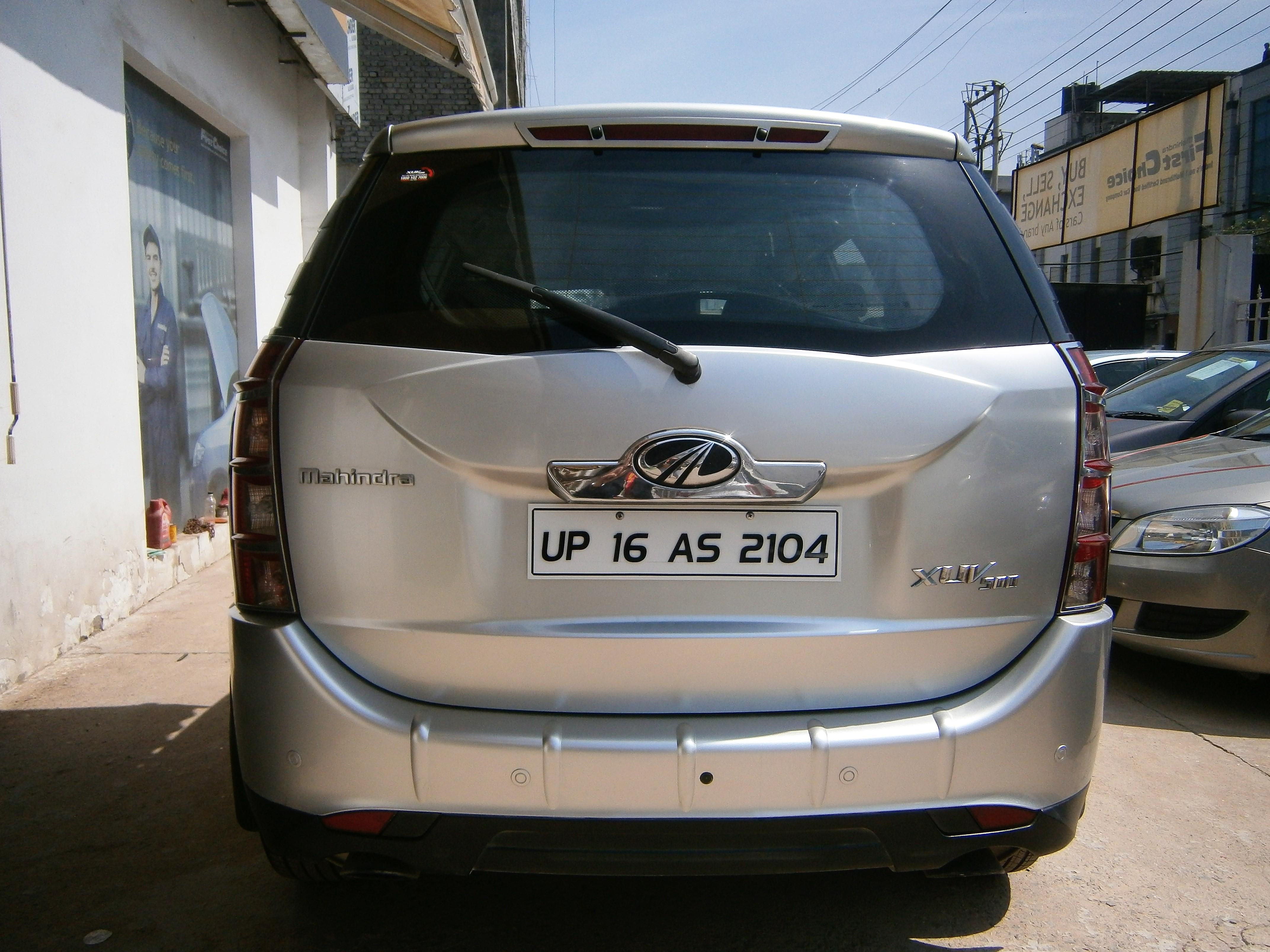 Mahindra Xuv500 W8 - Mahindra First Choice