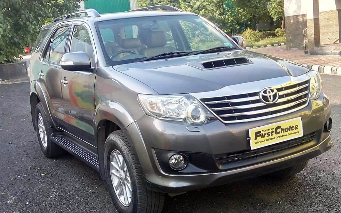 Toyota Fortuner 3 0 At 4X2 - Mahindra First Choice