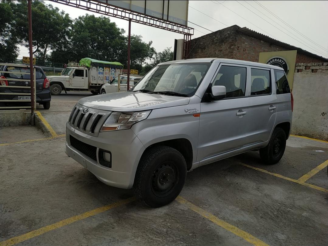 2015 Used Mahindra Tuv 300 T4 PLUS
