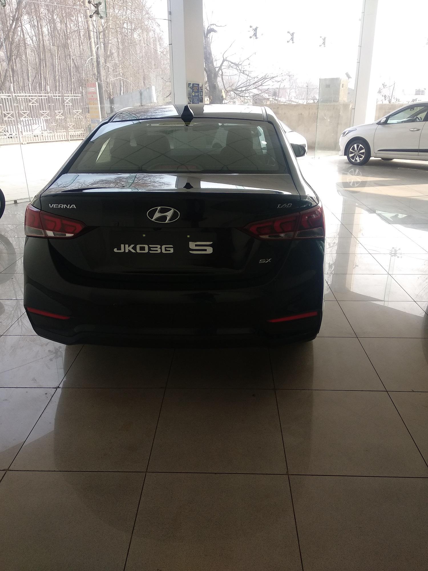 2017 Used Hyundai Verna FLUIDIC 1.6 SX CRDI OPT