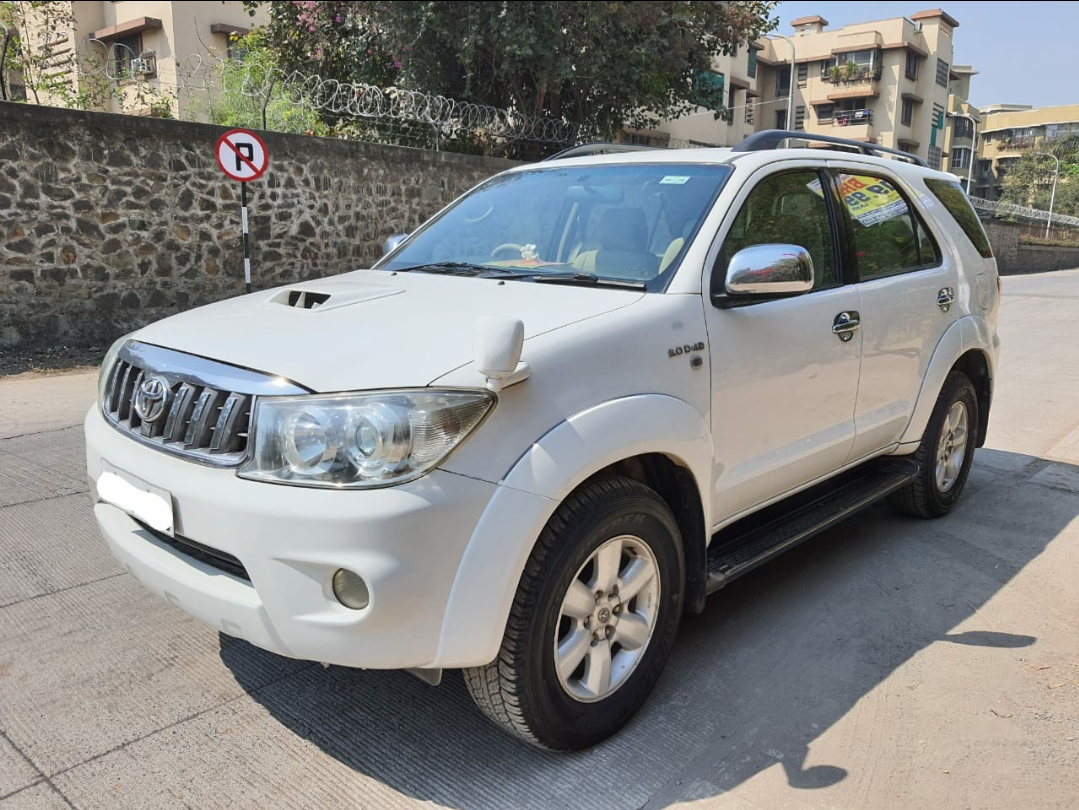 2011 Used TOYOTA FORTUNER 3.0 MT 4X2