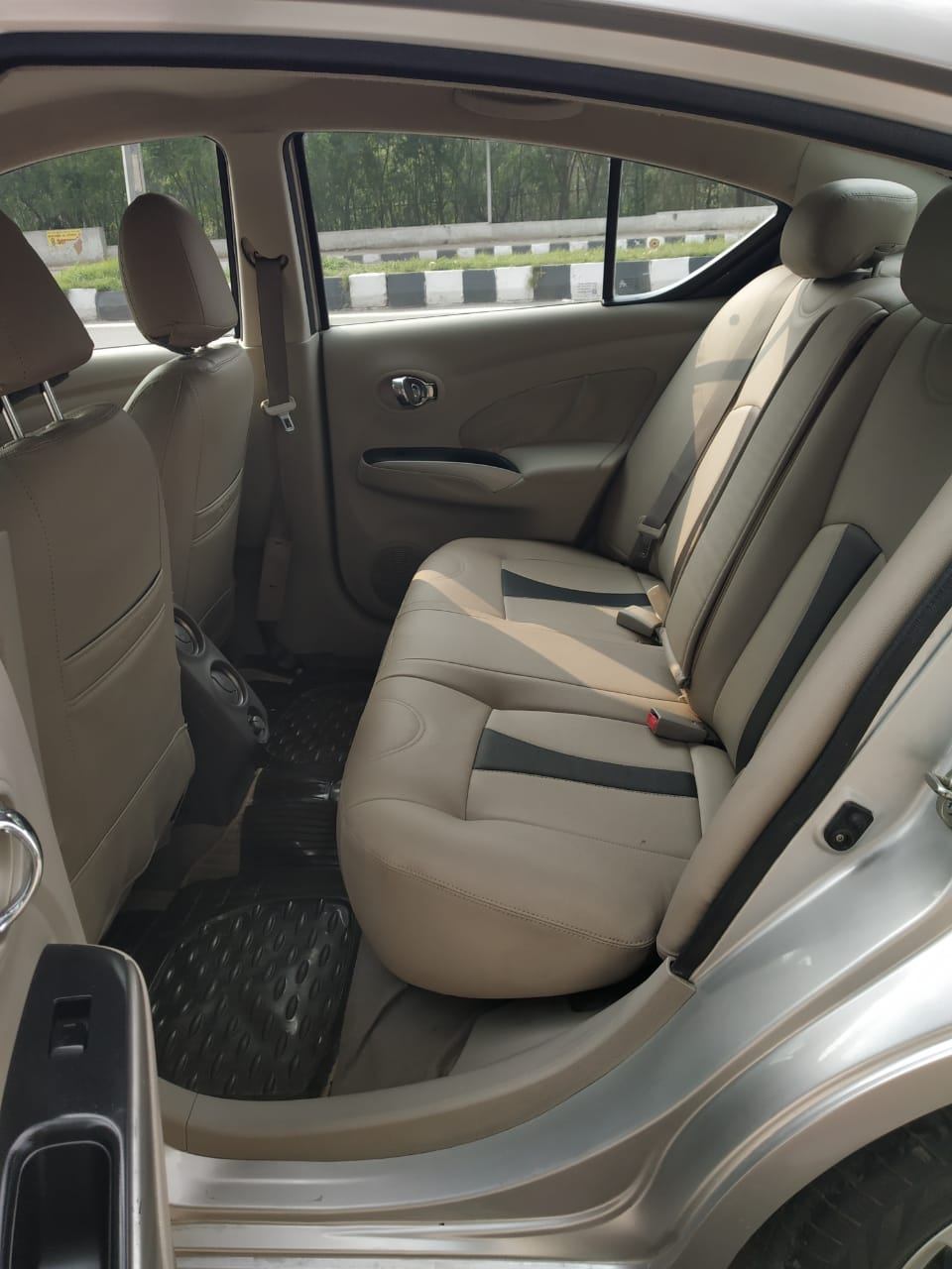 2015 Used Nissan Sunny XV PETROL