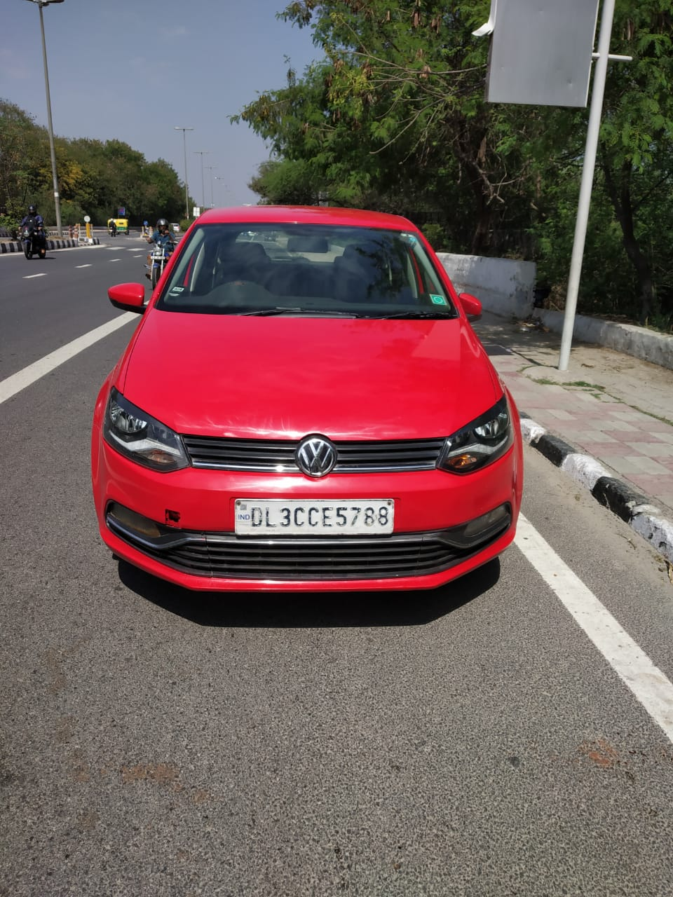 Volkswagen Polo Comfortline 1 2l P Mahindra First Choice