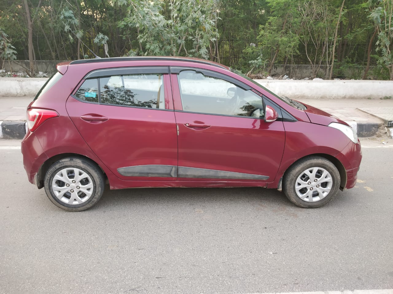 2015 Used HYUNDAI GRAND I10 SPORTZ 1.1 CRDI