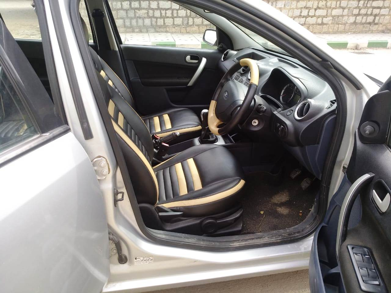2012 Used FORD FIESTA CLASSIC CLXI 1.4 TDCI