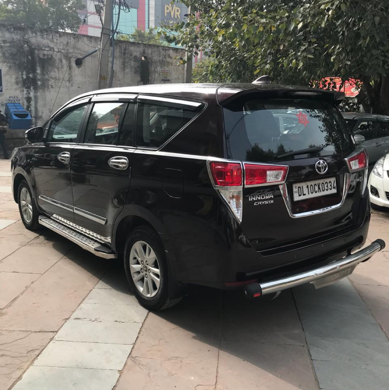 2017 Used TOYOTA INNOVA CRYSTA 2.8 GX AT 7 STR
