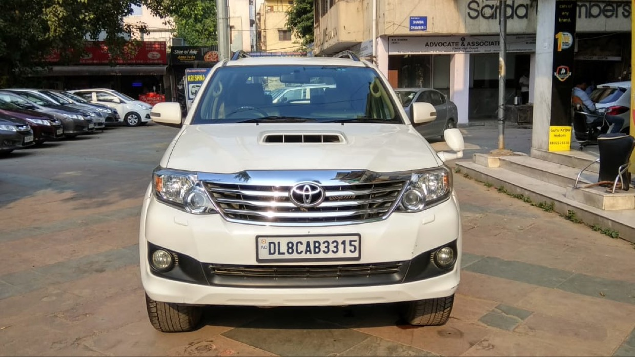 2014 Used TOYOTA FORTUNER 3.0 MT 4X4