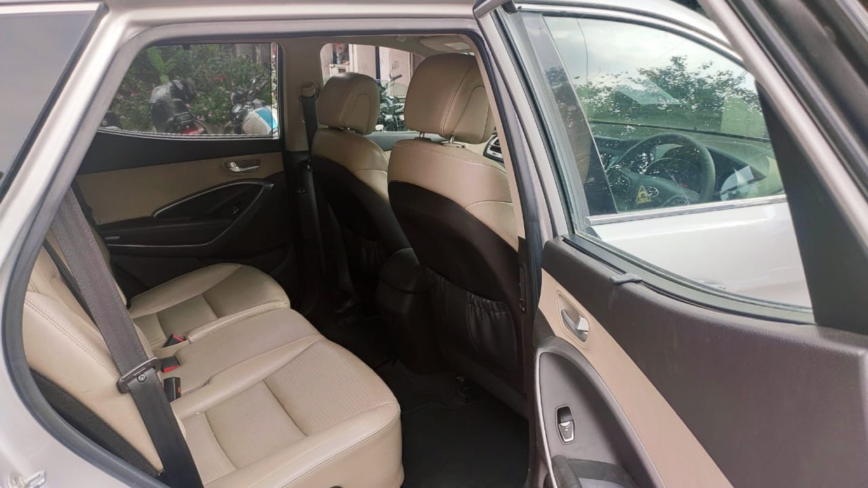 2014 Used HYUNDAI SANTA FE 2WD