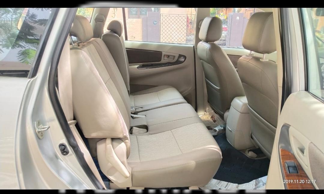 2012 Used Toyota Innova 2.5 G 8 STR BS IV