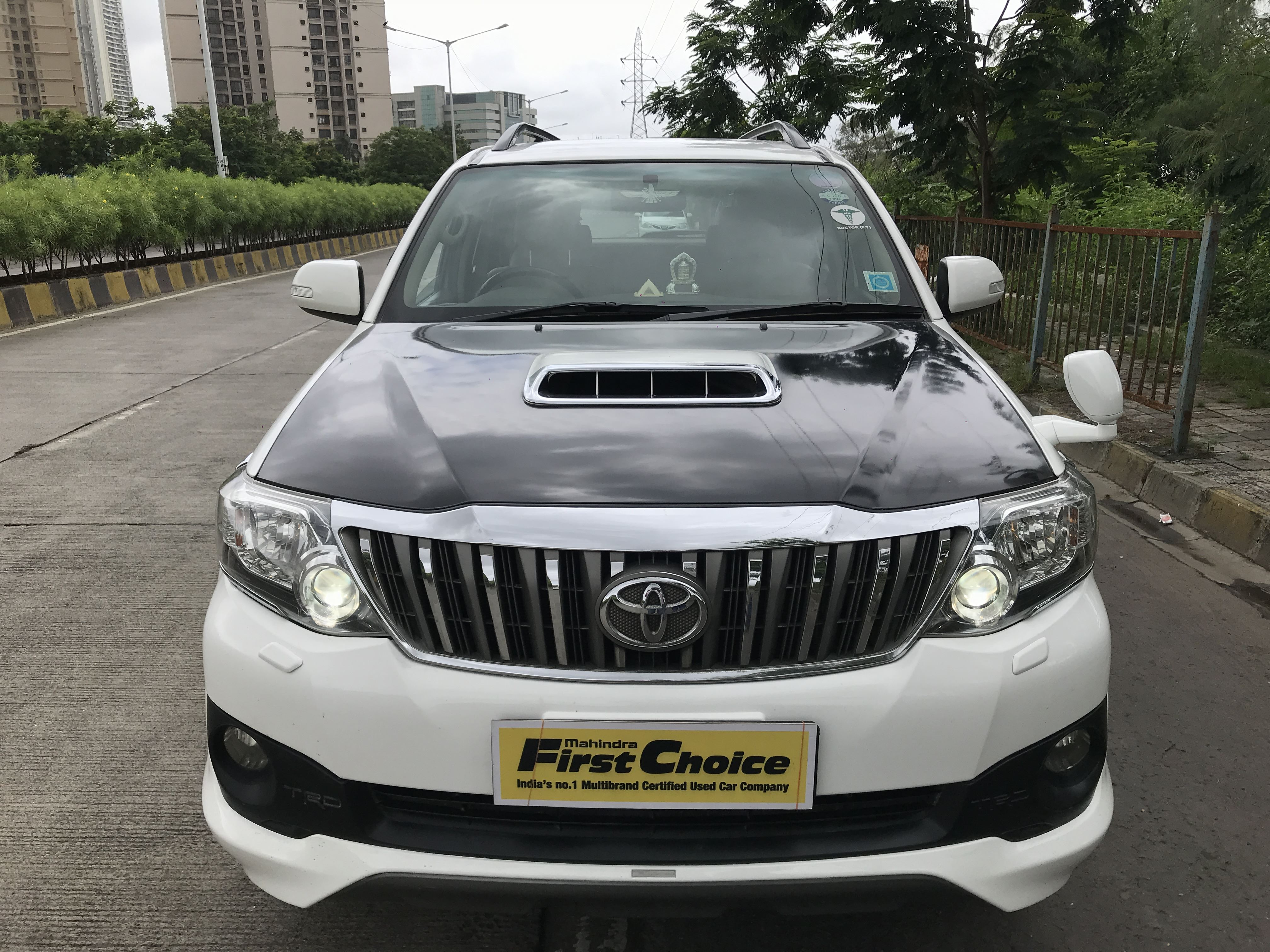 2013 Used TOYOTA FORTUNER SPORTIVO 4X2 AT