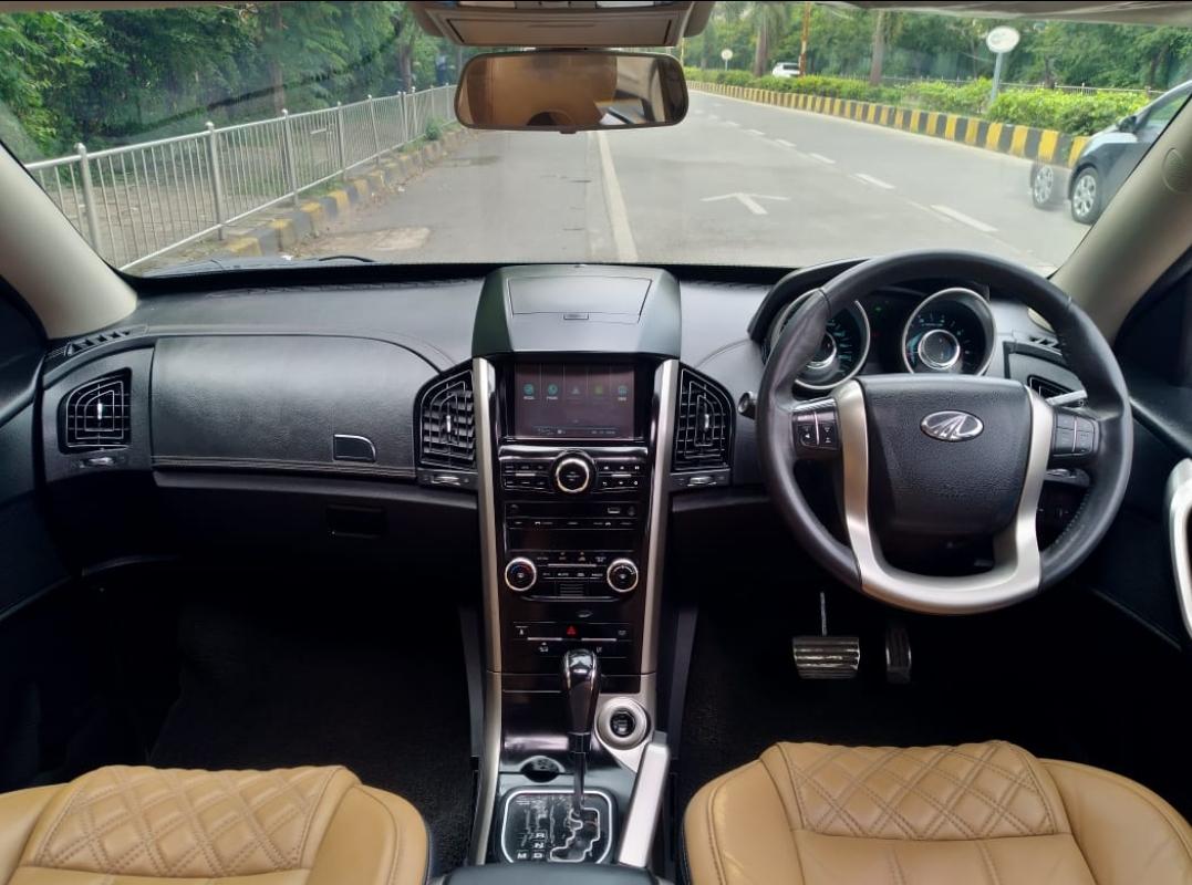 2018 Used MAHINDRA XUV500 W11 AT