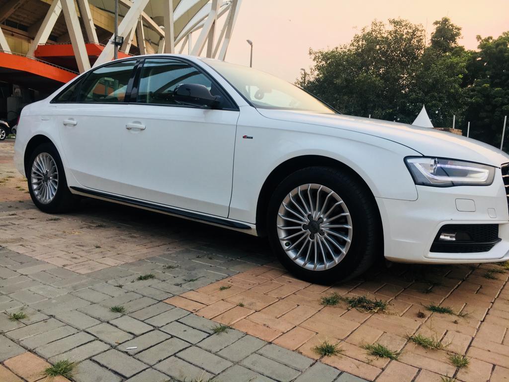 Audi A4 35 Tdi Premium Sunroof - Mahindra First Choice