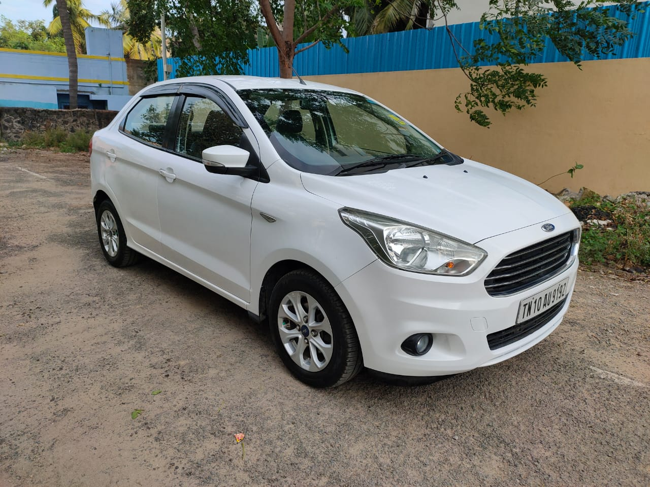 2015 Used FORD FIGO ASPIRE TITANIUM AT