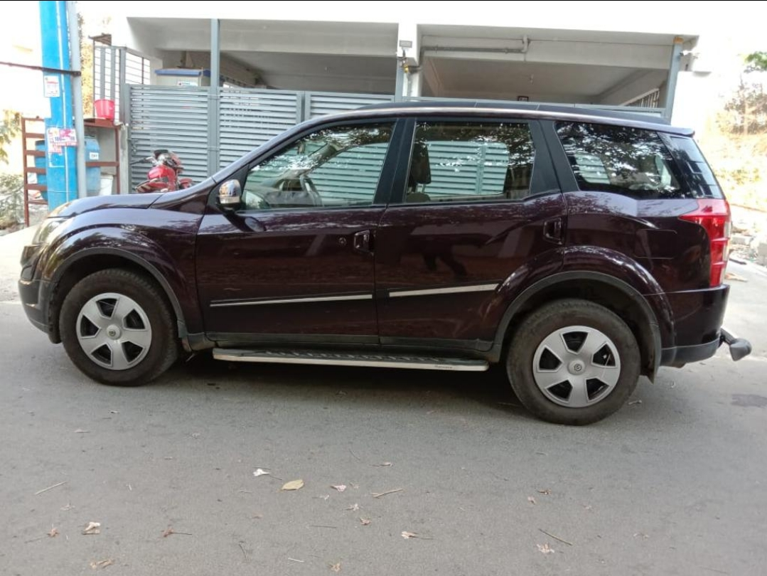 2017 Used MAHINDRA XUV500(2015_2017) W6 AT