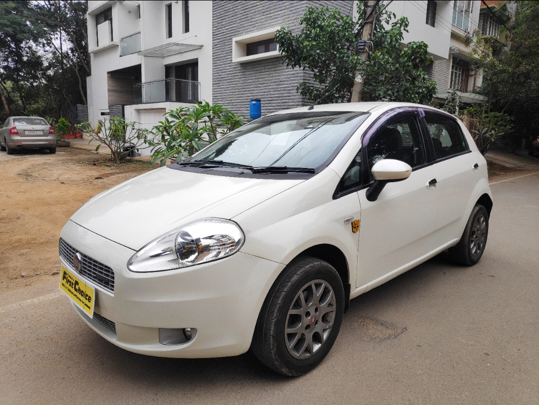2013 Used Fiat Punto EMOTION 1.3