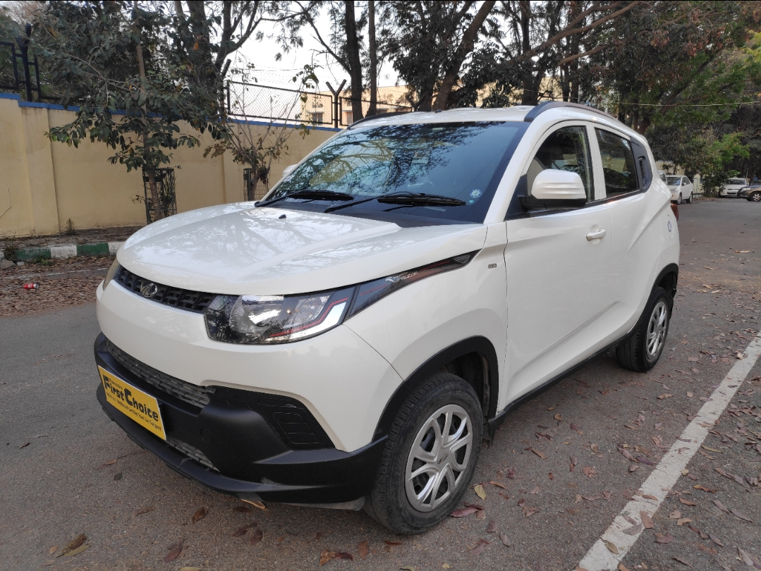 2017 Used Mahindra Kuv100 K4 PLUS 5 SEATER PETROL
