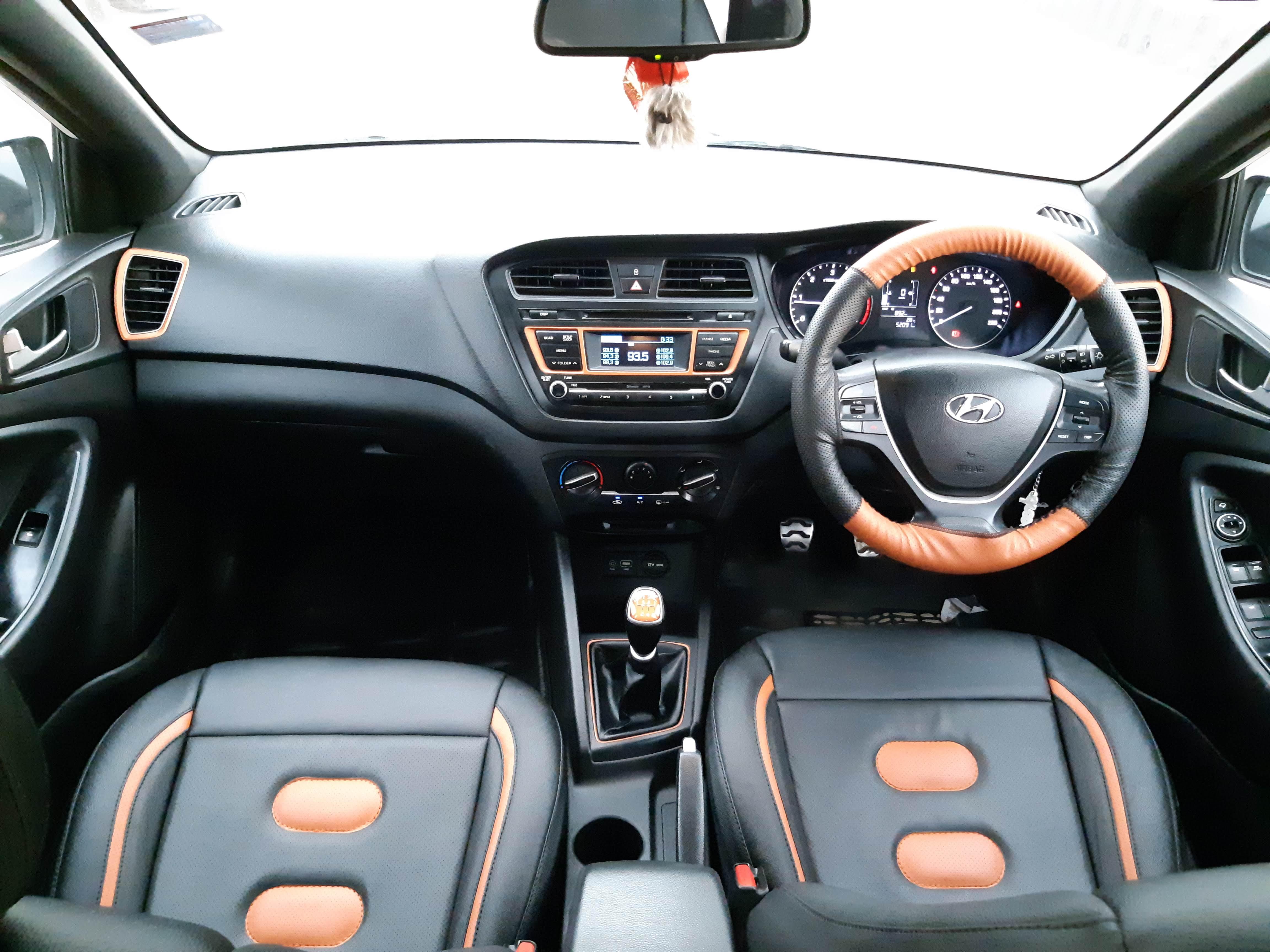 Hyundai I20 Active 1 4 Sx - Mahindra First Choice