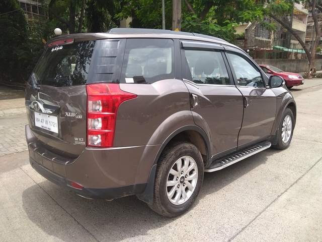 2017 Used Mahindra Xuv500(2017_2018) W10 AWD AT