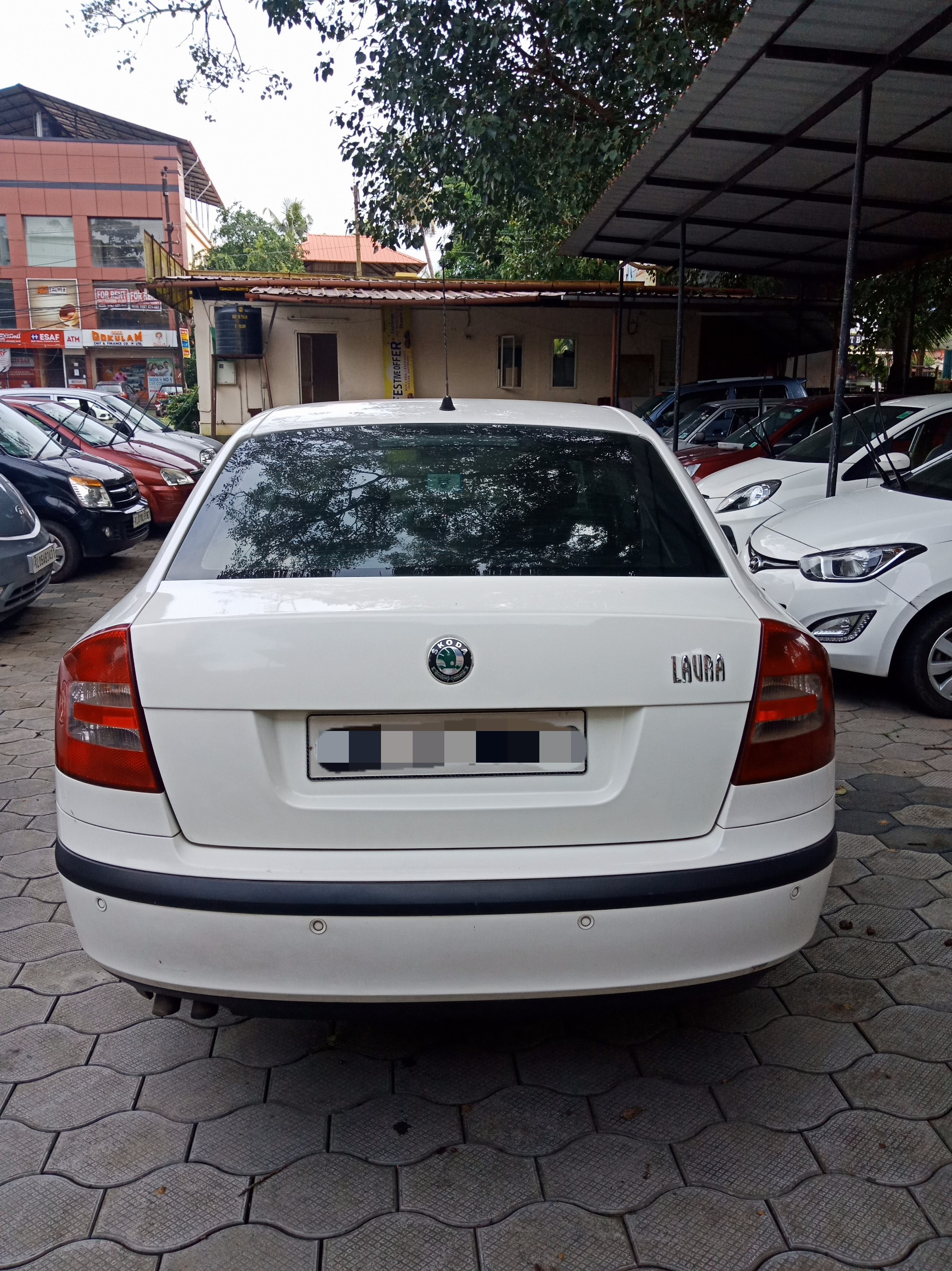 2008 Used Skoda Laura AMBIENTE 1.9 PD