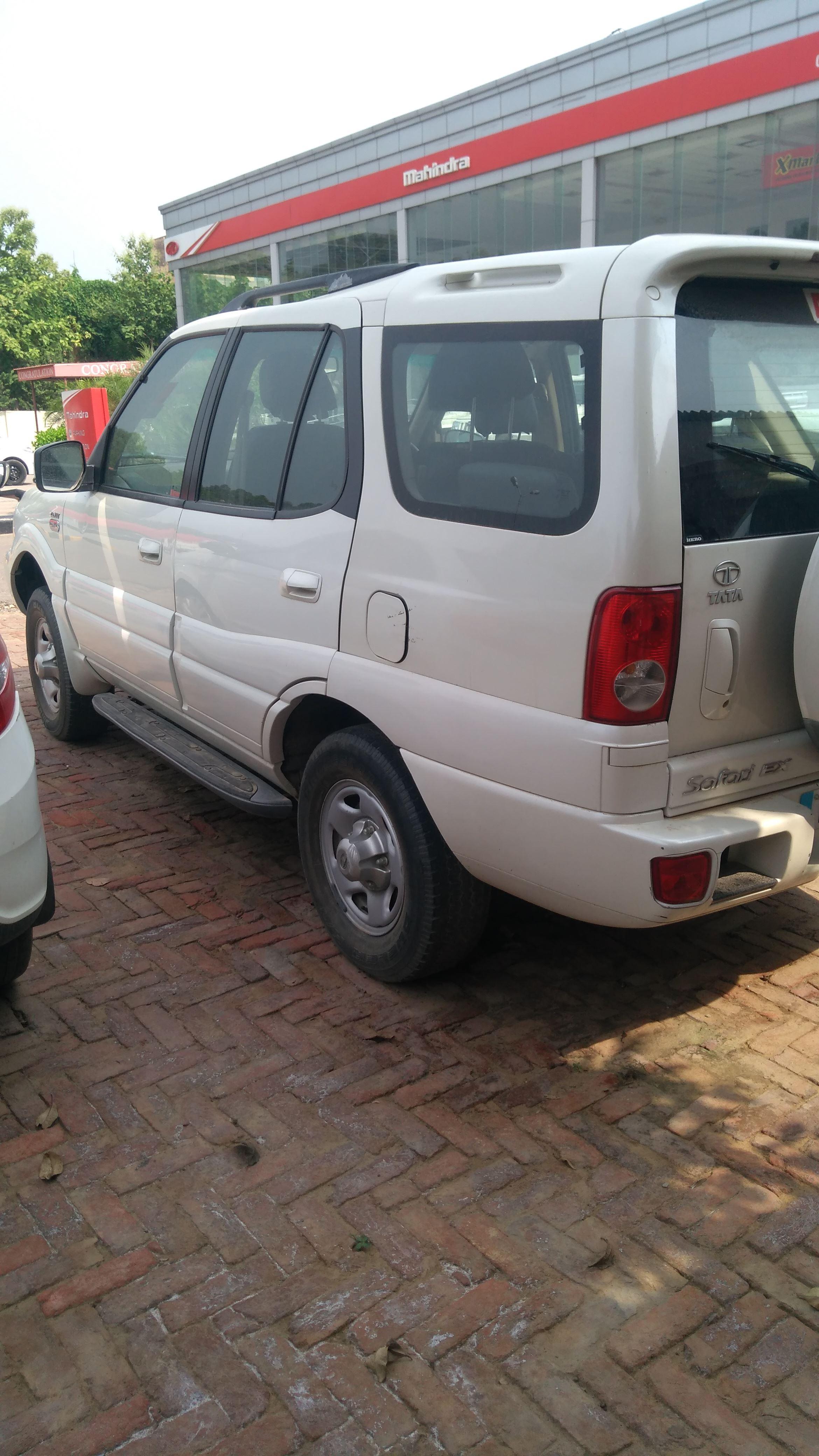 2012 Used Tata Safari 4X2 EX DICOR BS III